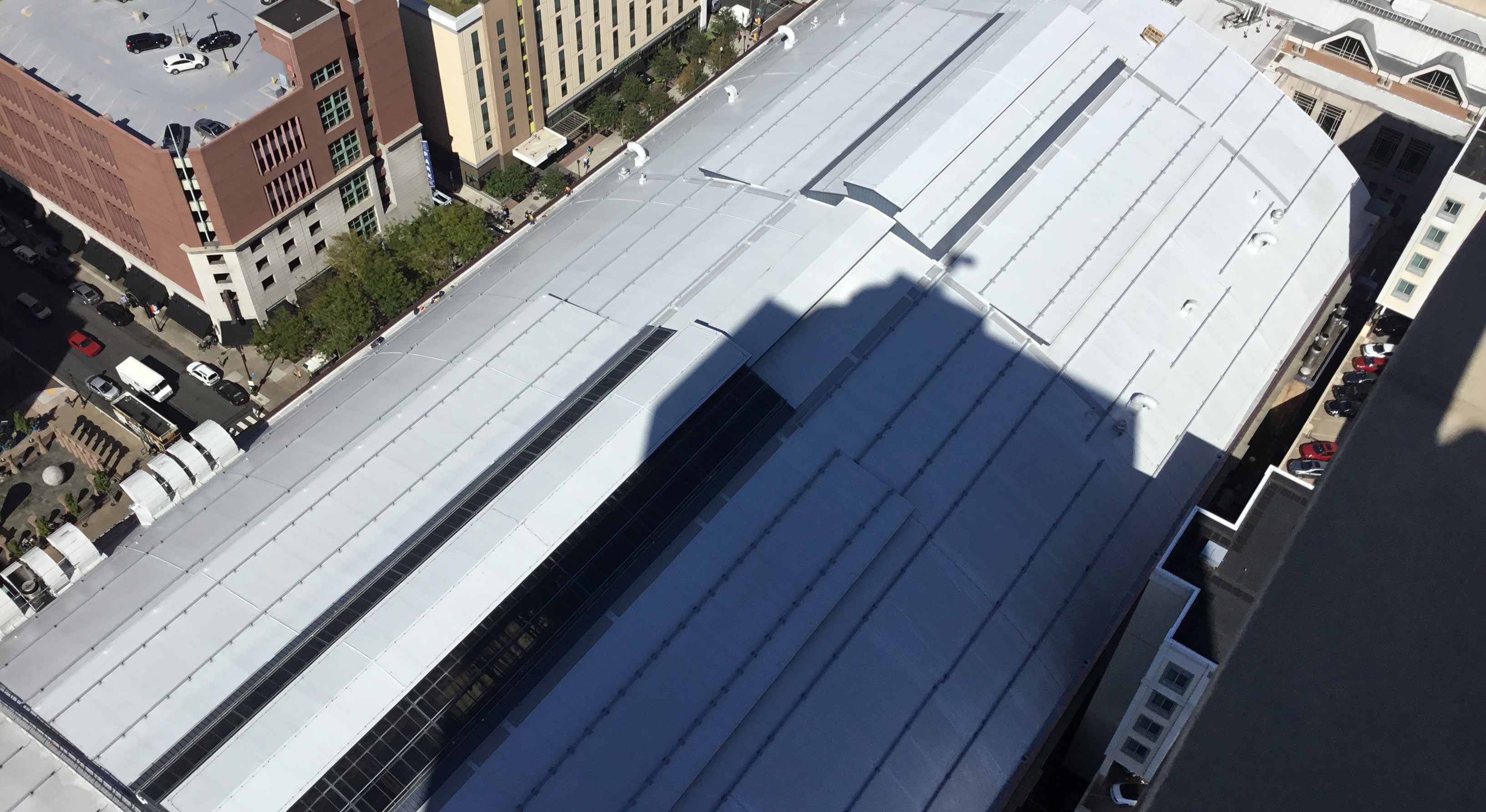 Ariel view of the Pennsylvania convention center building showing a white membrane roof